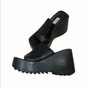 Vintage Y2K Steve Madden Pepe GothPlatform Sandals